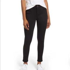 Wit & Wisdom Ab-Solution Black Skinny Ankle Jeans